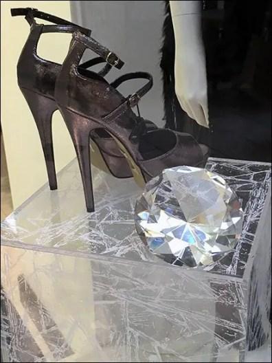Winter Shoe Pedestals 2