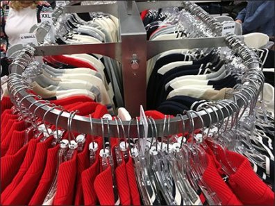 Round-End Rack for Apparel 2