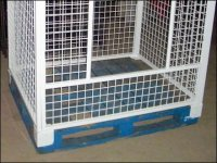 Euro Fixture: Palletized Container for Forklift
