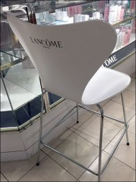 Lancome Branded Salon Seating 3