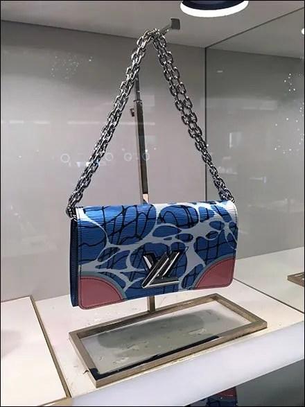 Louis Vuitton Purse LV Main