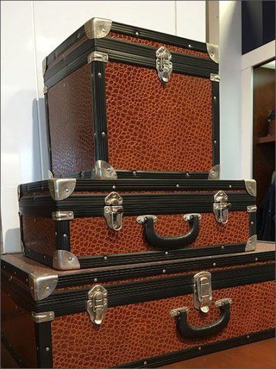 Polo Hard Sided Valise Propping 2