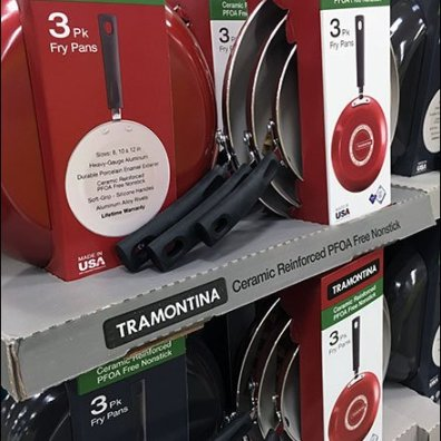 Tramontina Cookware Pallet Merchandising 3