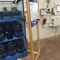 Lowes Multilingual Hiring Easel 1