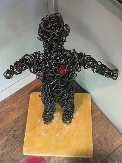 Wire Man Heart 2