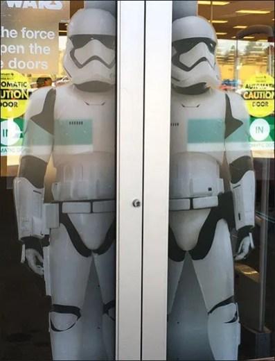 Star Wars Trooper Door Cling Display 2