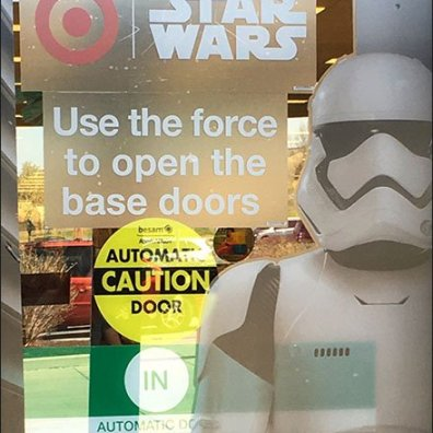 Star Wars Trooper Door Cling Display 3