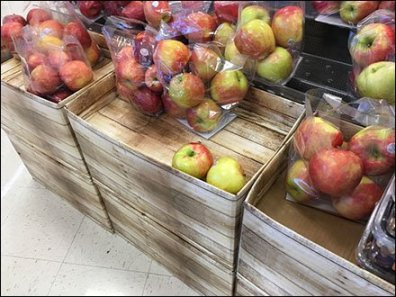Corrugated-Imitates-Wood Pallet Display for Produce