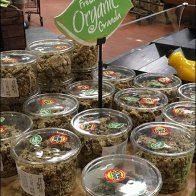Wegmans Organic Table-Top Sign Clip 1
