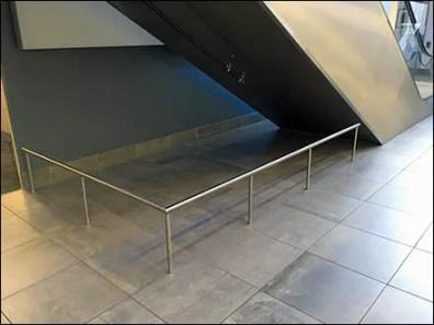 Mercedes Benz Manhattan Escalator Restriction 4