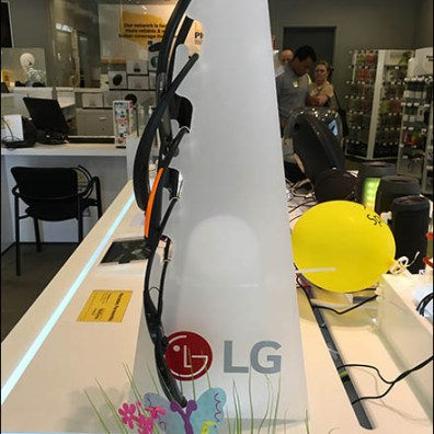 Sprint LG Headphone Display Tower 3