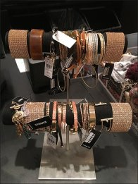 double-hump-bracelet-t-stand-1