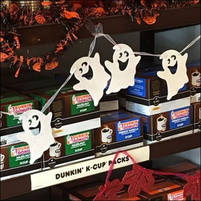 halloween-dunkin-k-cup-ghost-decoration-feature
