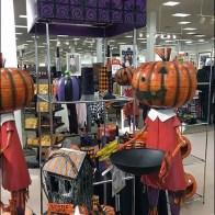 Halloween Merchandising En Masse 3