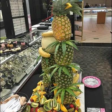 littman-jewelers-vip-pineapple-tree-1