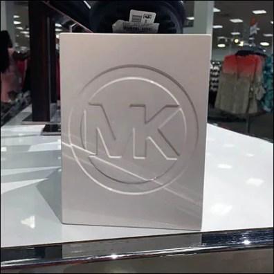 Michael Kors Logo Embossed Pedestal Block 3