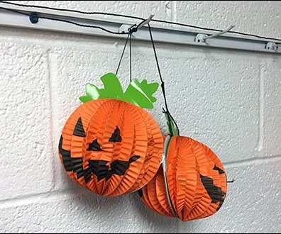 halloween-pumpkin-channel-single-prong-display-hooks-3