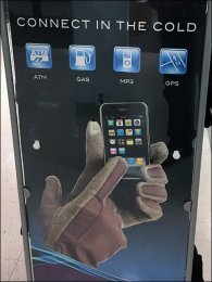 isotoner-smart-touch-glove-display-3