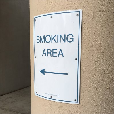 Tysons Mall, Smoke Over There Sign