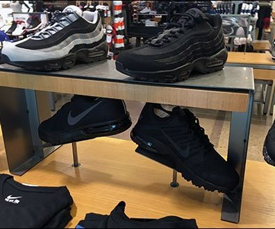 nike-sneaker-trestle-display-2