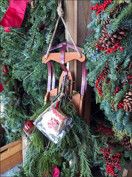 Flexible-Flyer Sled Holiday Prop