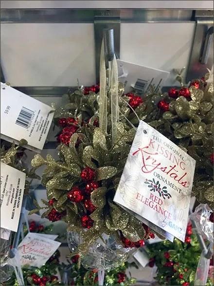 Christmas Mistletoe 90º-Tip Slatwall Hooks