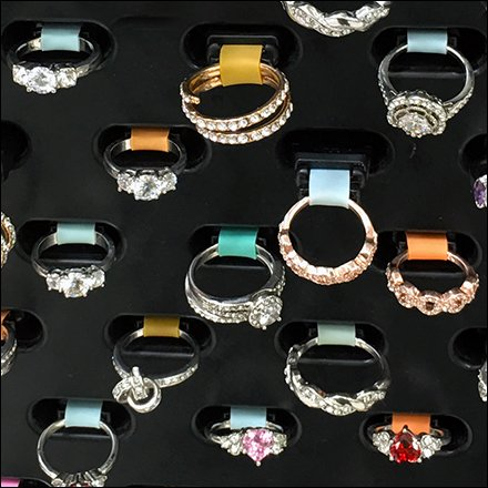 Color-Coded Plug-in Pull-Out Jewelry Display