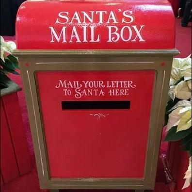 non-macys-santas-mailbox-1