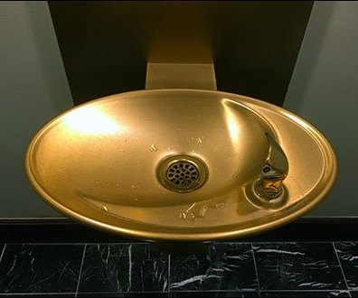 Ritz Carton® Gold Water Fountain for V.I.P.s