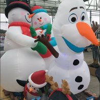 christmas-inflatable-visual-merchandising-lineup-2