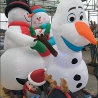 christmas-inflatable-visual-merchandising-lineup-2