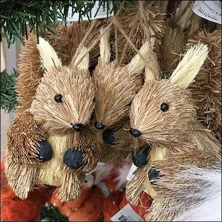 faux-christmas-tree-as-ornament-display-square3
