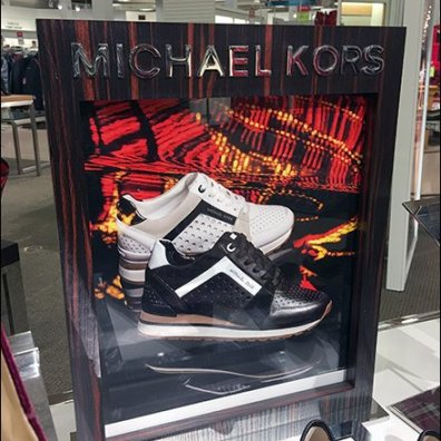 Michael Kors Table-Top Trannie Lightbox