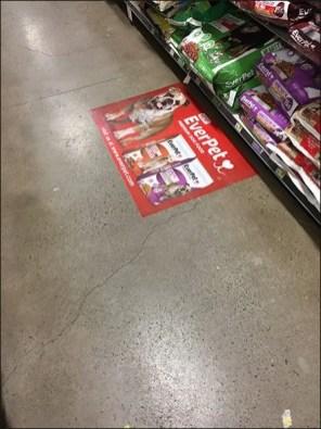 EverPet Dog Food Floor Graphic 6