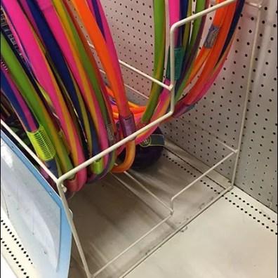 Hula Hoop Merchandising Rack For Gondola