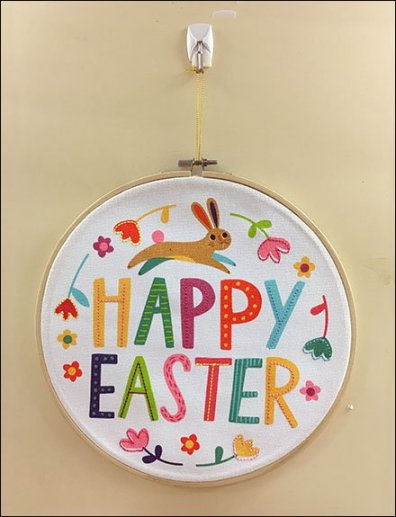 Happy Easter Command Strip Pin-Up Hook