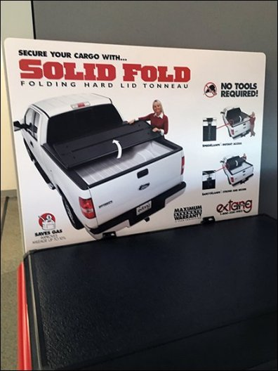 Extang Tonneau Cover Display For Pickup Trucks