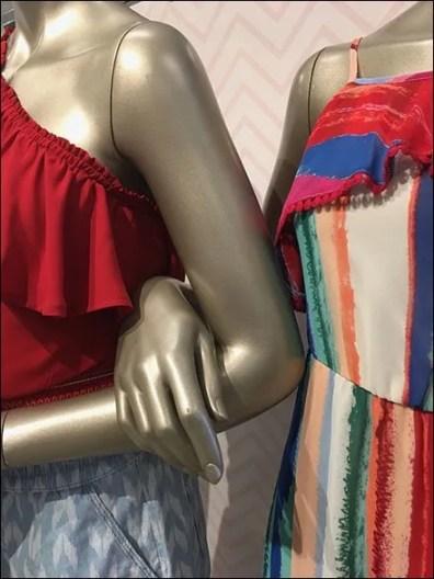 Modern Mannequin Girlfriends Hand-in-Hand 3