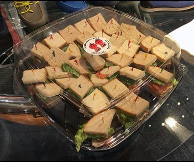 Robert Graham In-Store Picnic Sandwiches