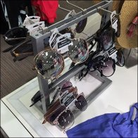 Saddle-Mount Sunglass Stand for Table-Top
