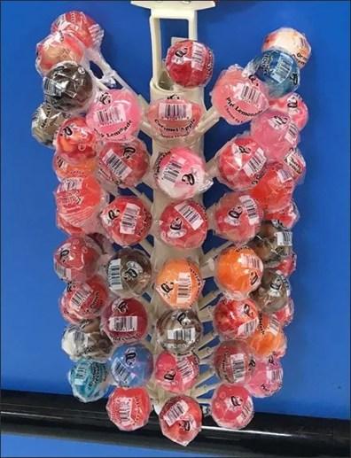 Downsized Lollipop Tree for Cashwrap Install