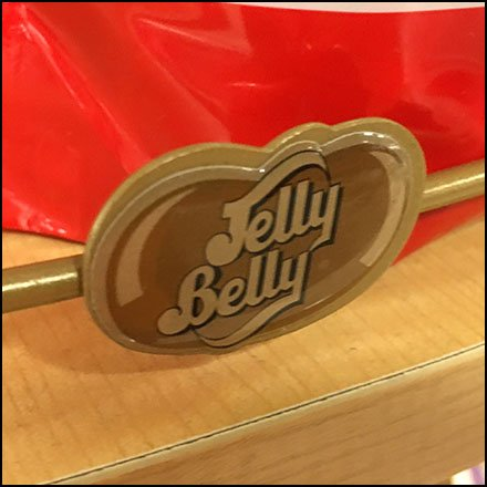 Jelly Belly Branded Shelf Feature1