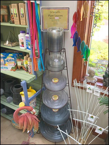 Open Wire Plant Saucer Tower Display