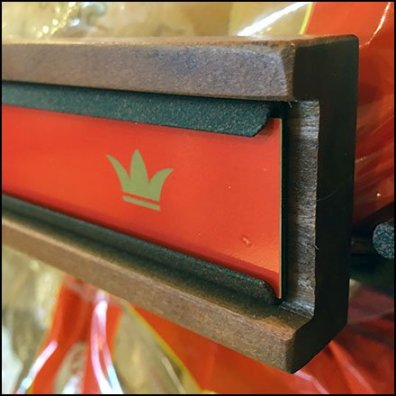 Hawaiian King Embedded C-Channel Label Holder Feature