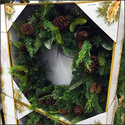Christmas Wreath Pallet Merchandising