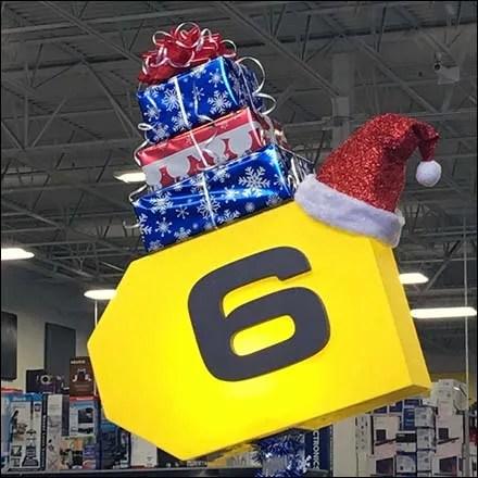 Best Buy Retail Fixtures - Festive Christmas Cashwrap At Best Buy