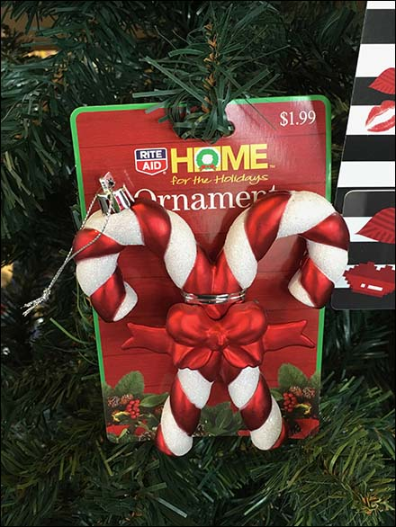 Decorate Your Christmas Tree With Gift Cards
