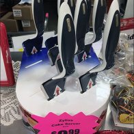 Zyliss Cake Server Table-Top Display 3