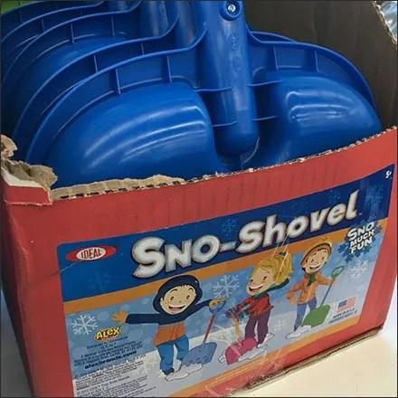 Snow Shovel Shipper Self-Display For Kids