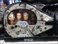 Millennium Falcon Star Wars Packaging for Pez
